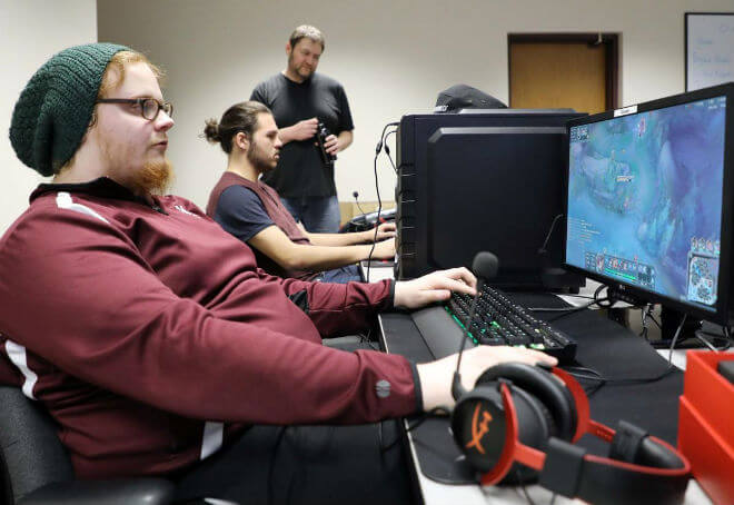 Morningside College esports scholarship